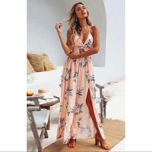 Dresses & Skirts - Peach Floral Slit Dress